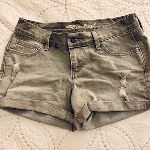 Gray Boyfriend Jean Shorts.